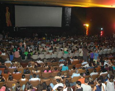 Público do cinema brasileiro cresce 76% e market share sobe para 14,28%